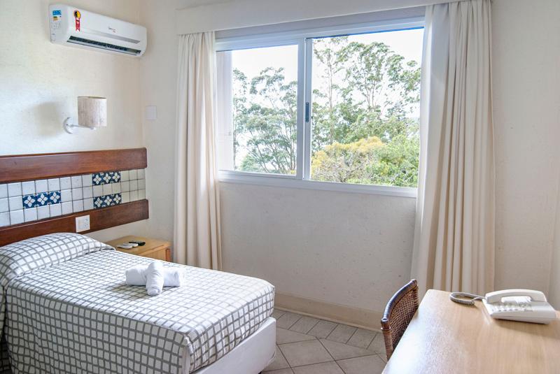 Hotel-Torres-da-Cachoeira-Florianopolis-por-Bruno-Sampaio-1-thumb.jpg