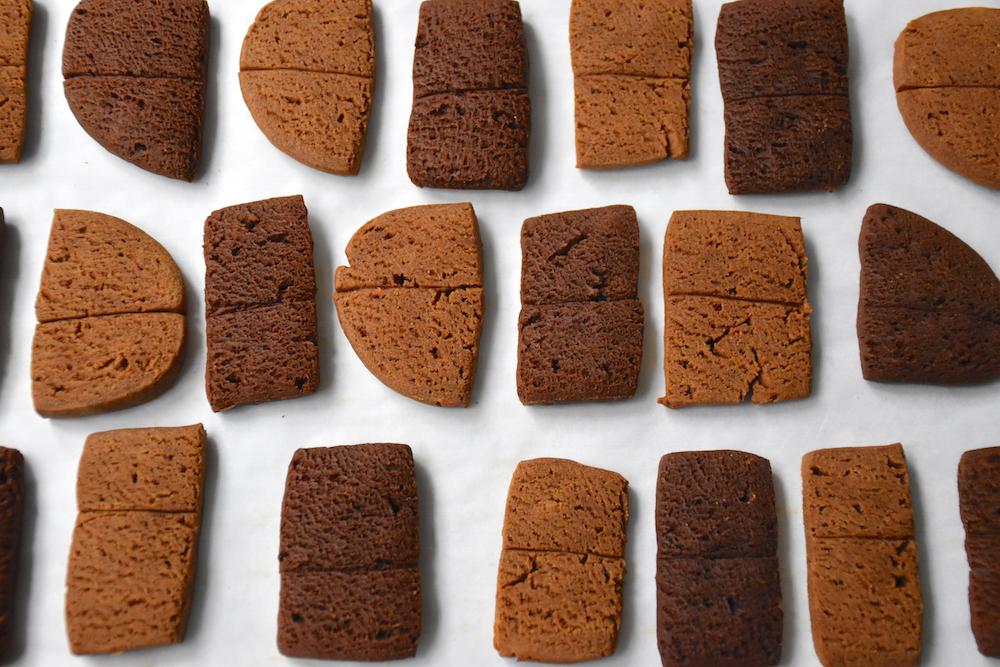 Beardog Cafe's Gingerbread & Apple Dog Treat combo pack. Tastes as good as it looks!