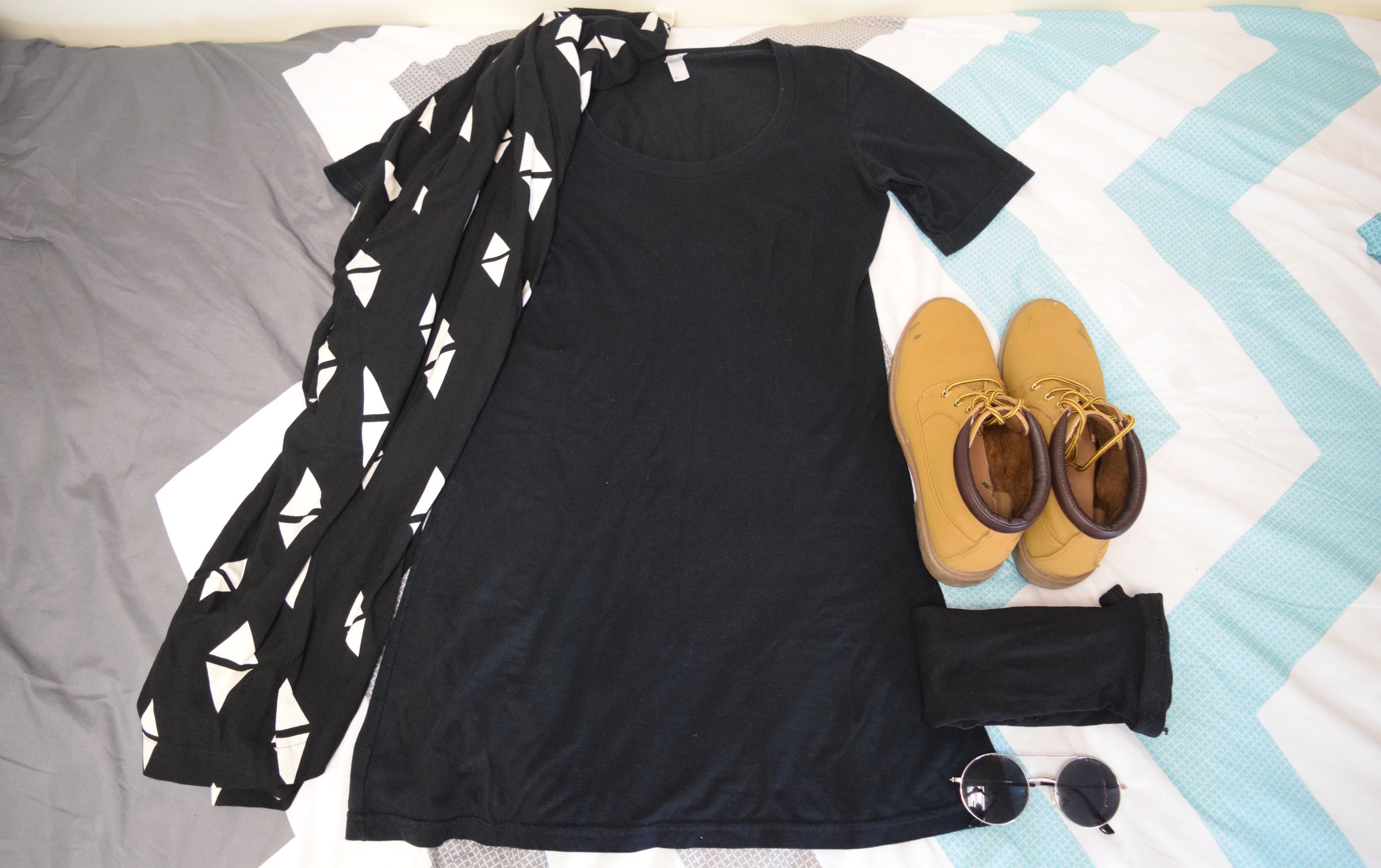 Dress .  Kimono . Boots (no longer being sold at  Primark ).  Sunglasses  (similar).  Stockings .