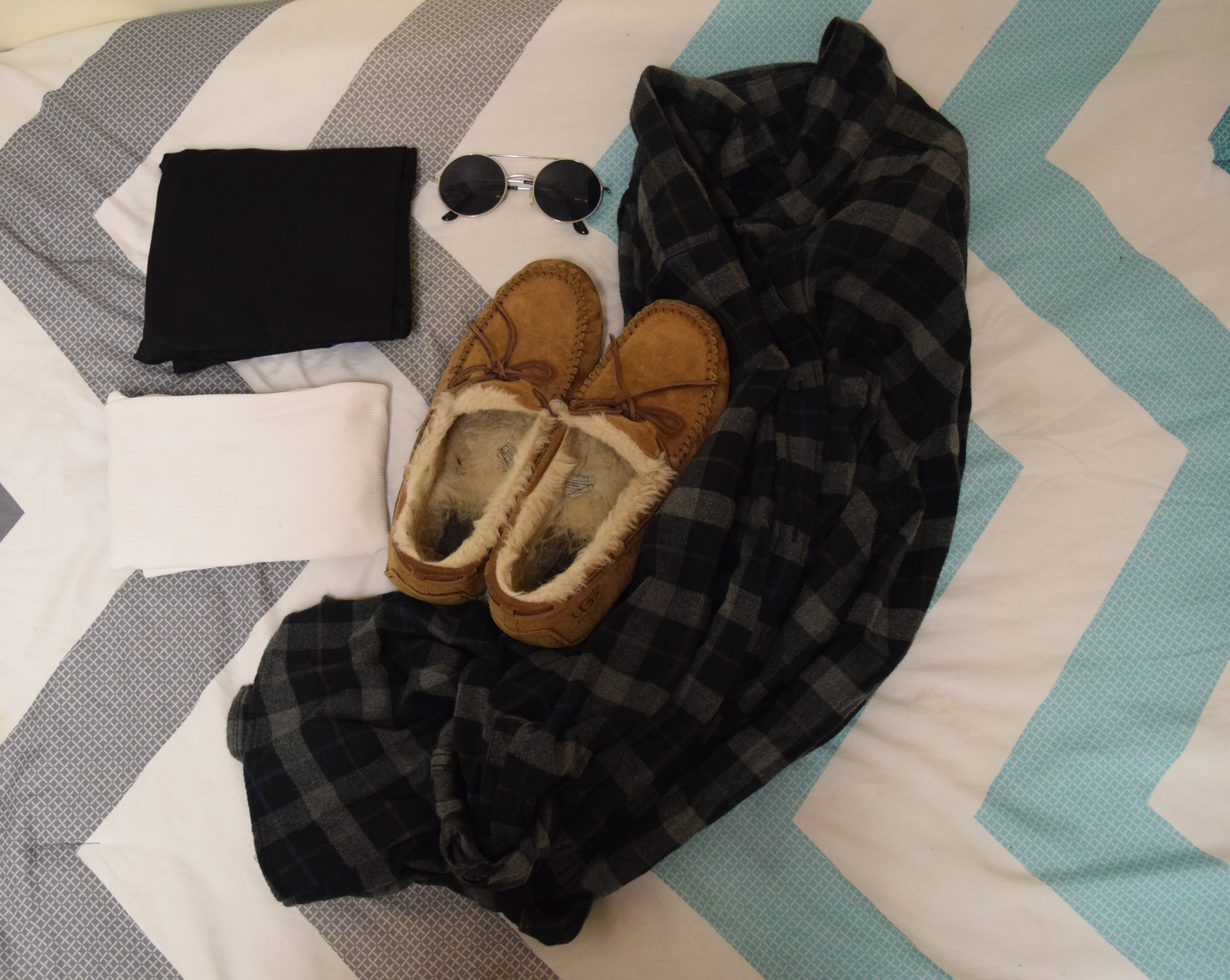 Flannel (no longer being sold at  Eddie Bauer ). Leggings (similar). Tank Top (it's basic af, you can get it anywhere). Moccasins . Sunglasses (similar).