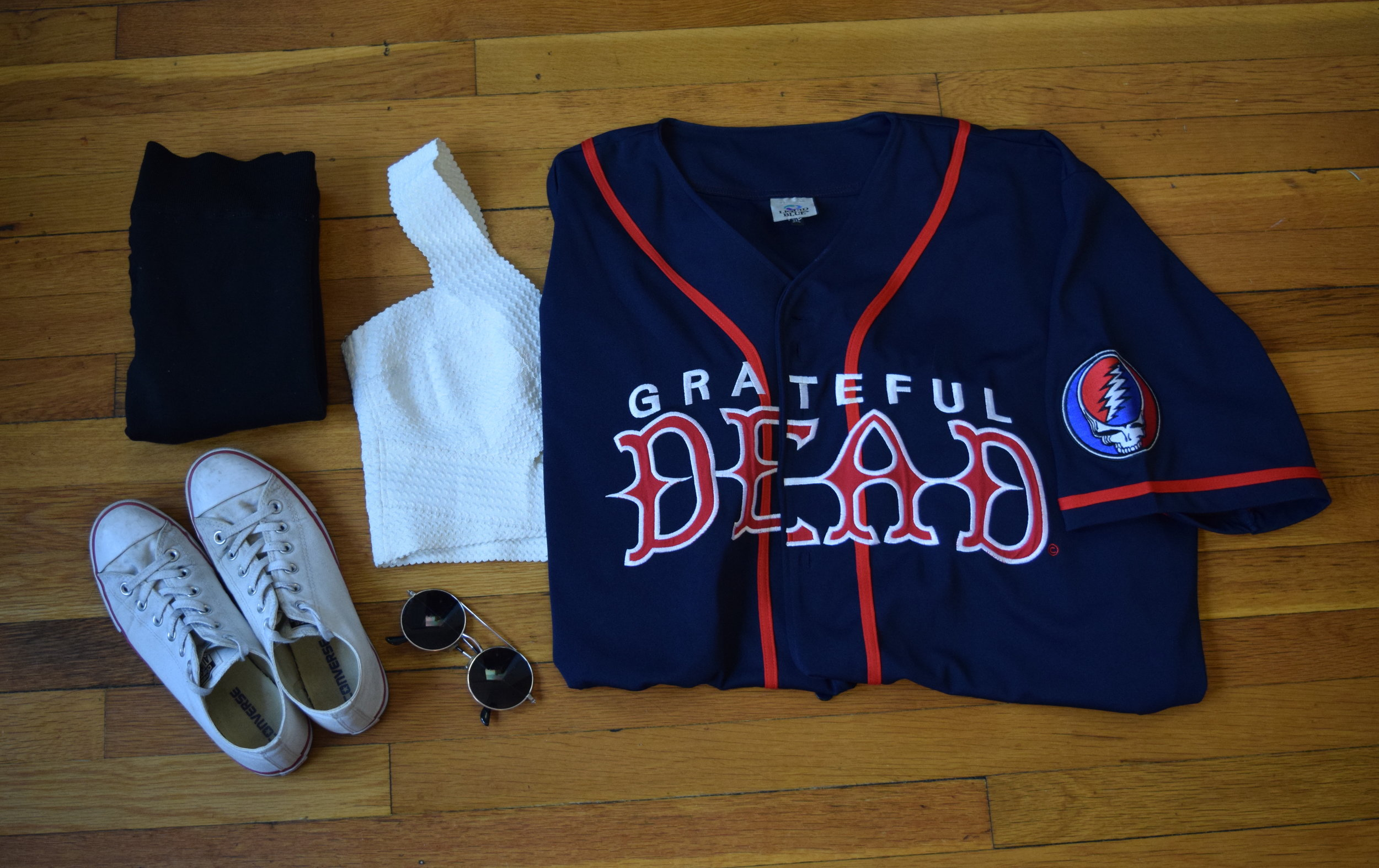 jersey (my uncle's!). crop top (originally from  charlotte  but  this one  is similar).  leggings .  sneakers .  sunglasses  (similar).