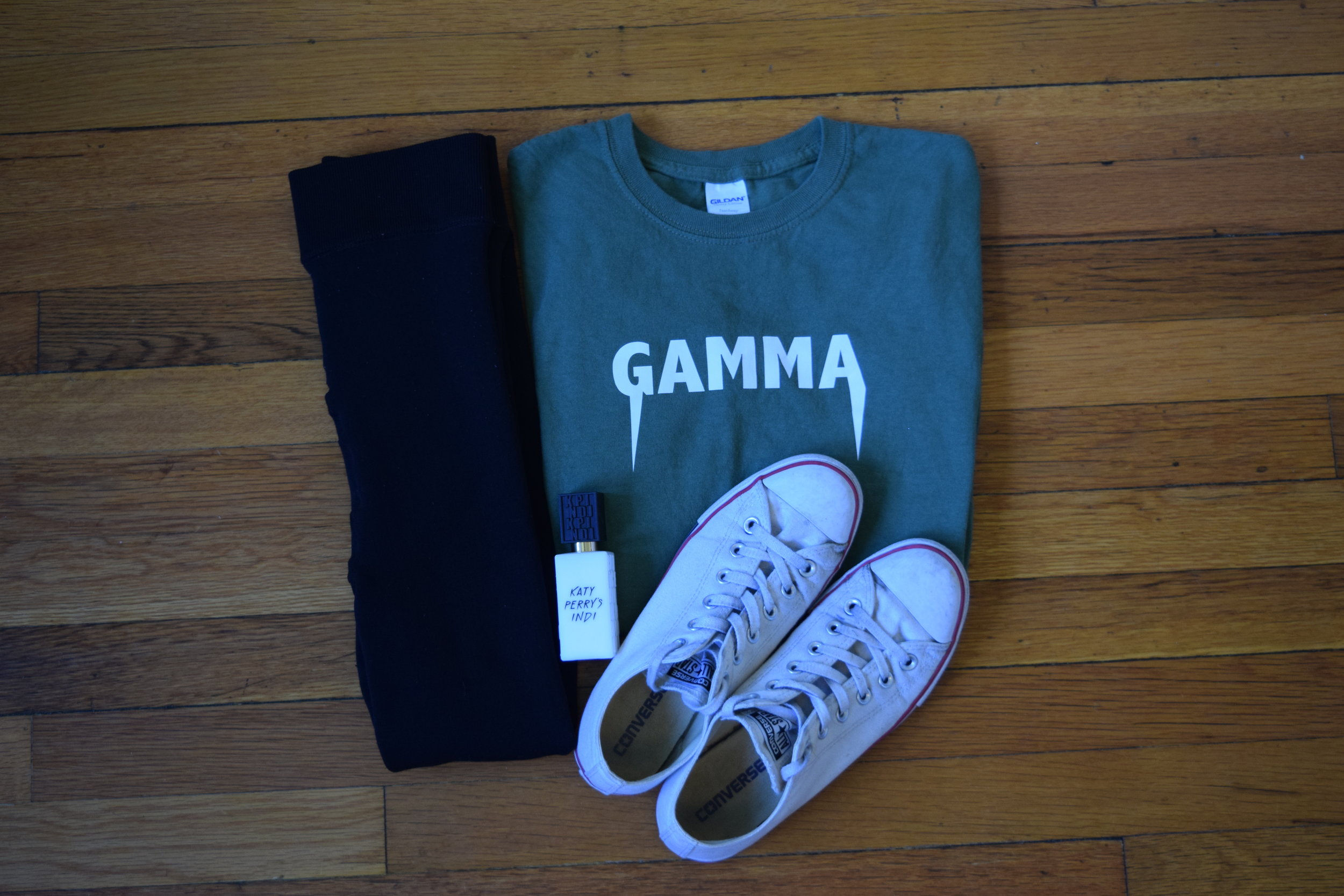 shirt  (i don't know which shop, i'm sorry!)  leggings .  sneakers .  perfume .