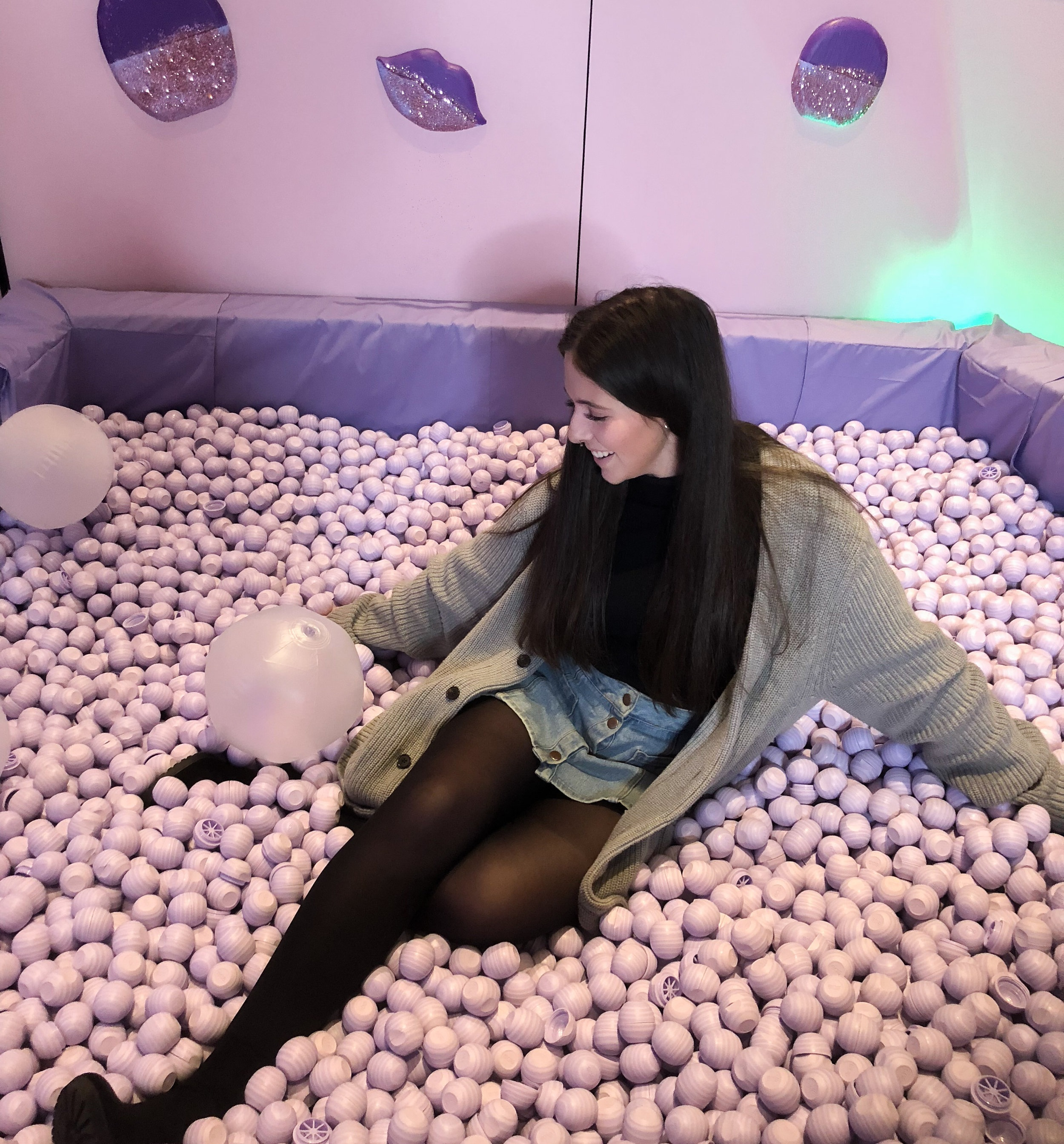 eos ' booth