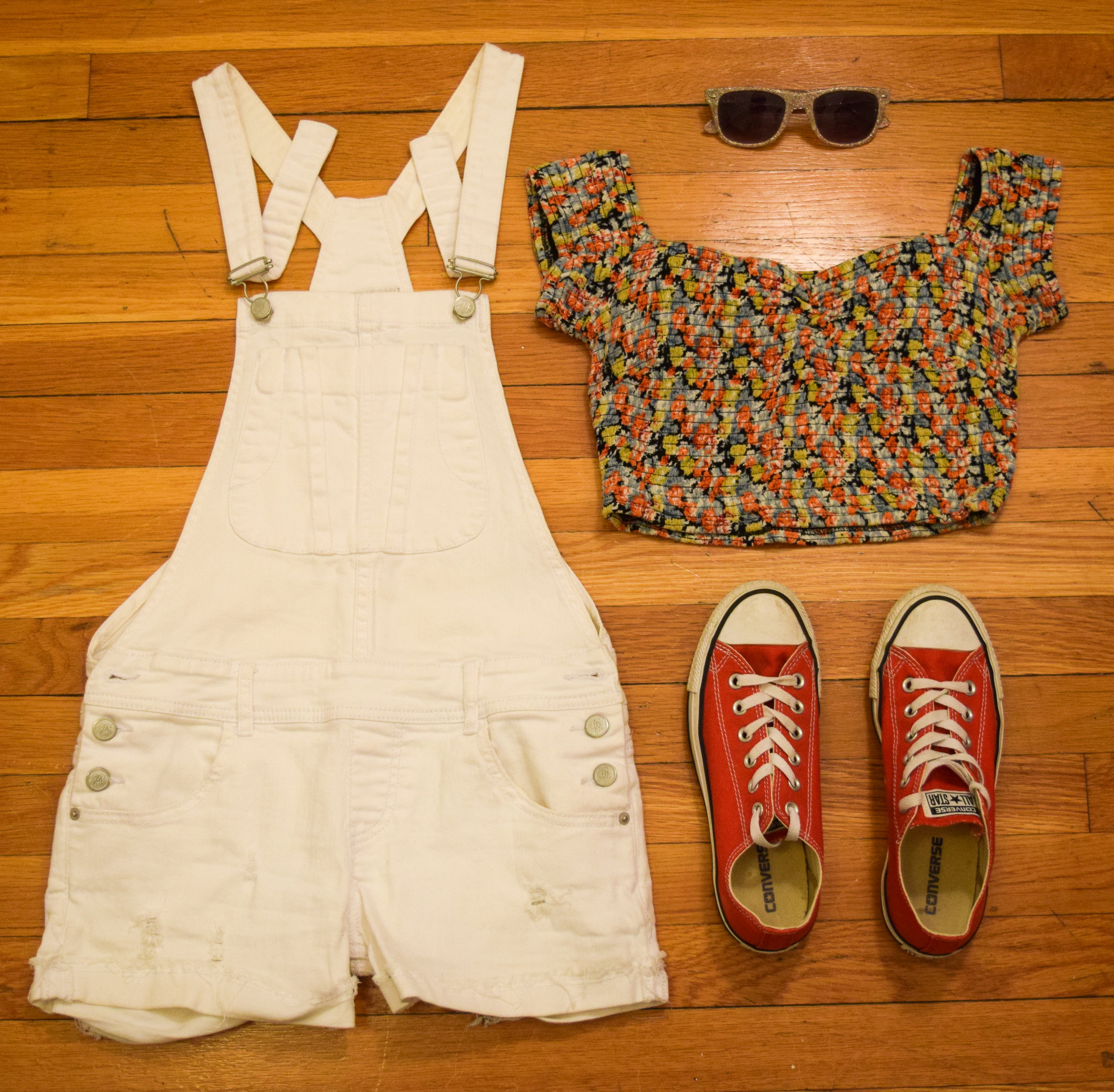 overalls  (similar). top (no longer being sold by  Forever 21 ).  sneakers .  sunglasses  (similar).