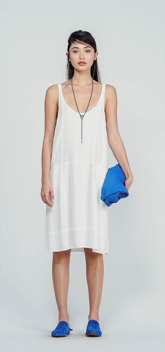 """שמלת אוברסייז סאקס,648 ש""""ח (צילום יעקב מהגר)"""