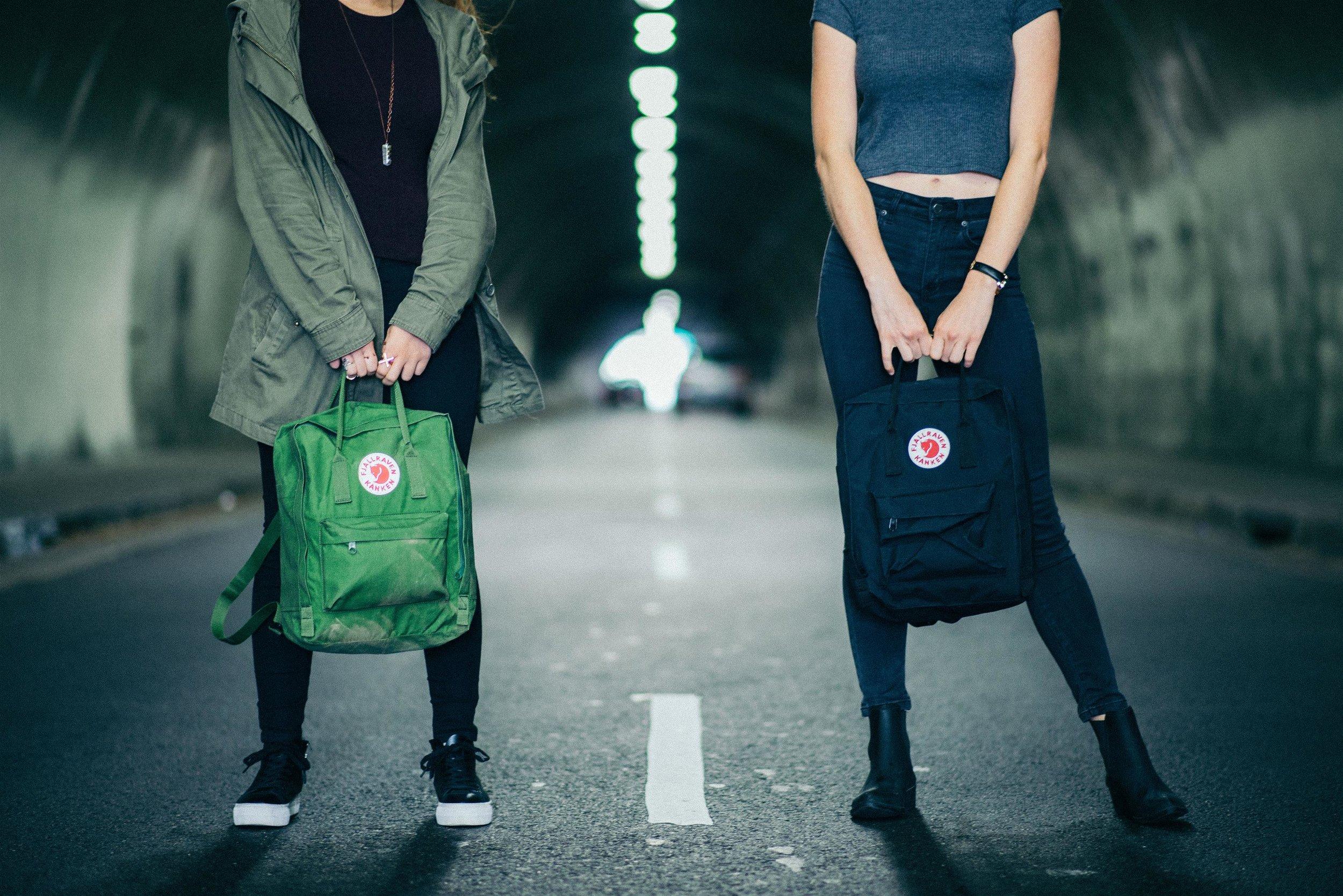 תיקי Kanken גם הם בחגיגת הקניות באתר    www.aka-online.co.il   (צילום גוסטב אולפסן)