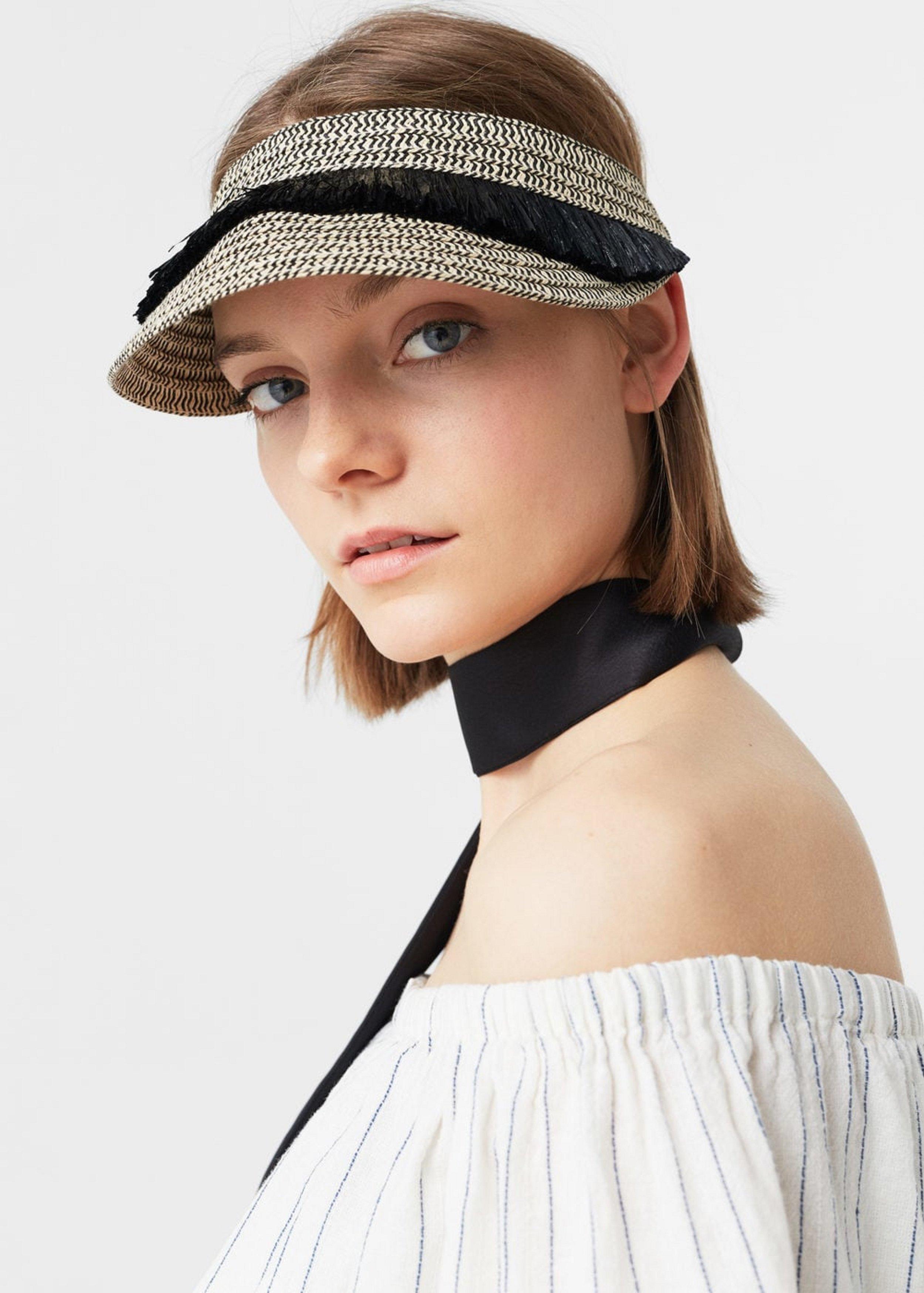 כובע מצחייה, מנגו, 79.9₪ (צילום: יח״צ)