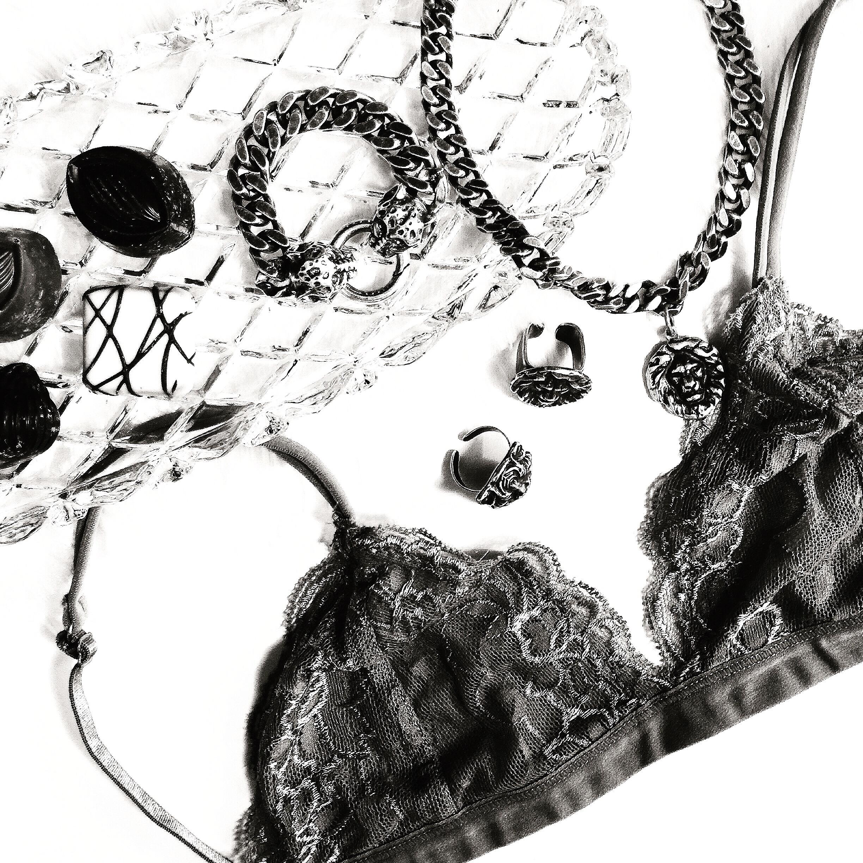 ״לאט לאט גיליתי את עולם התכשיטנות״שני שקד S&S jewelry