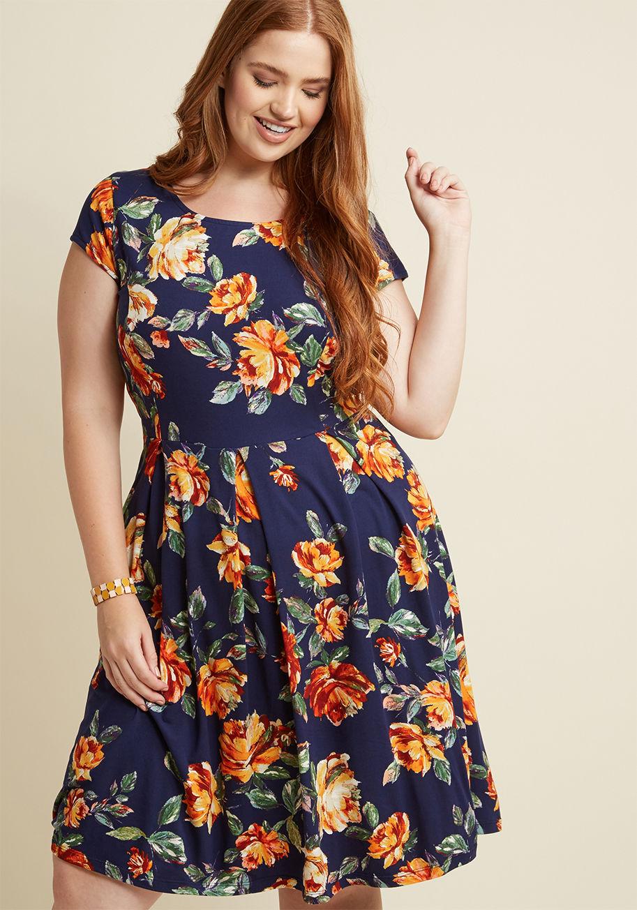 שמלת מיני קלוש פרחונית MODCLOTH