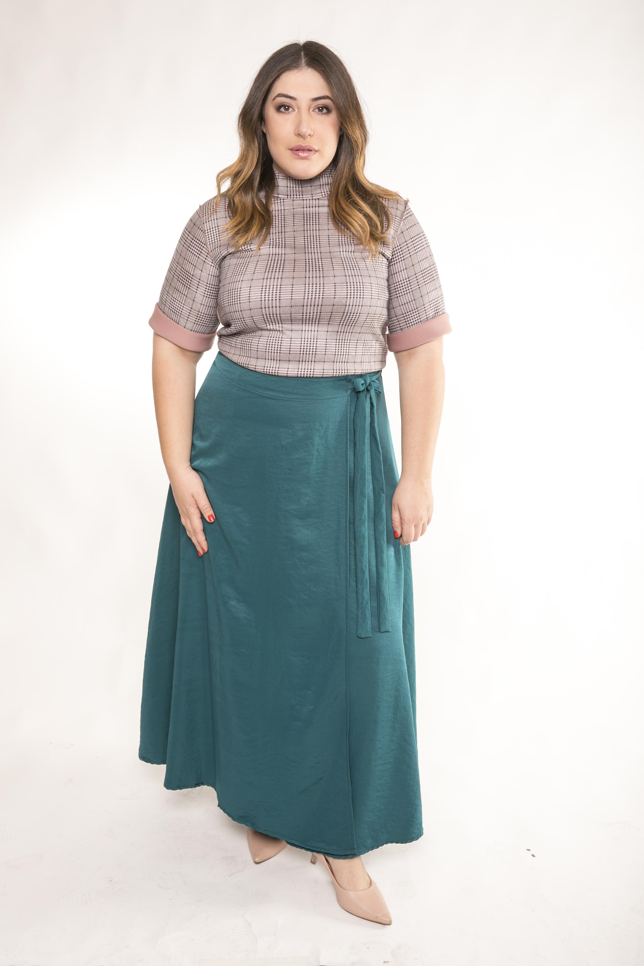 Shani Klein + Queen Size. Keren skirt 299 Ils. Photo Shai Neiburg (5).jpg