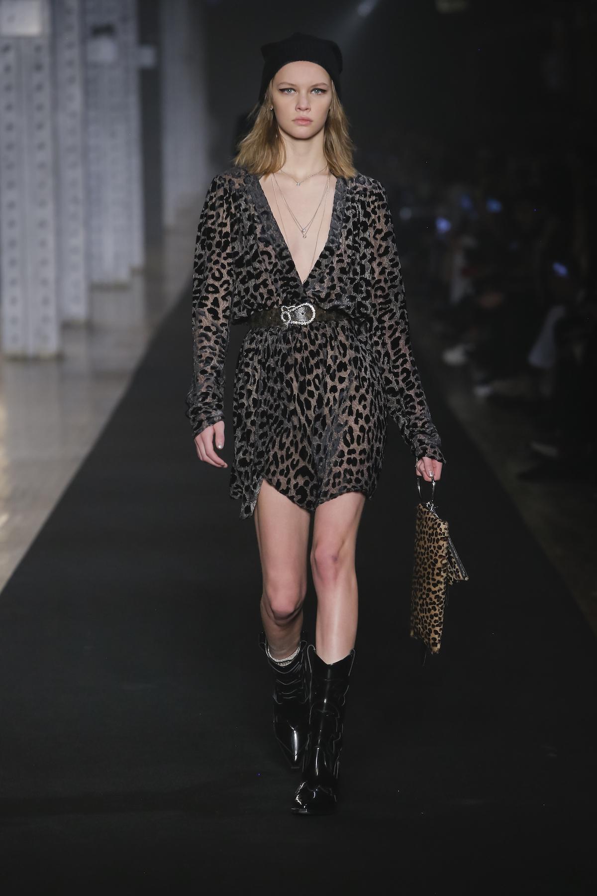 עדכני ולא מתאמץ. זאדיג אנד וולטר, סתיו-חורף 2019, שבוע האופנה של ניו יורק (צילום: יח״צ)