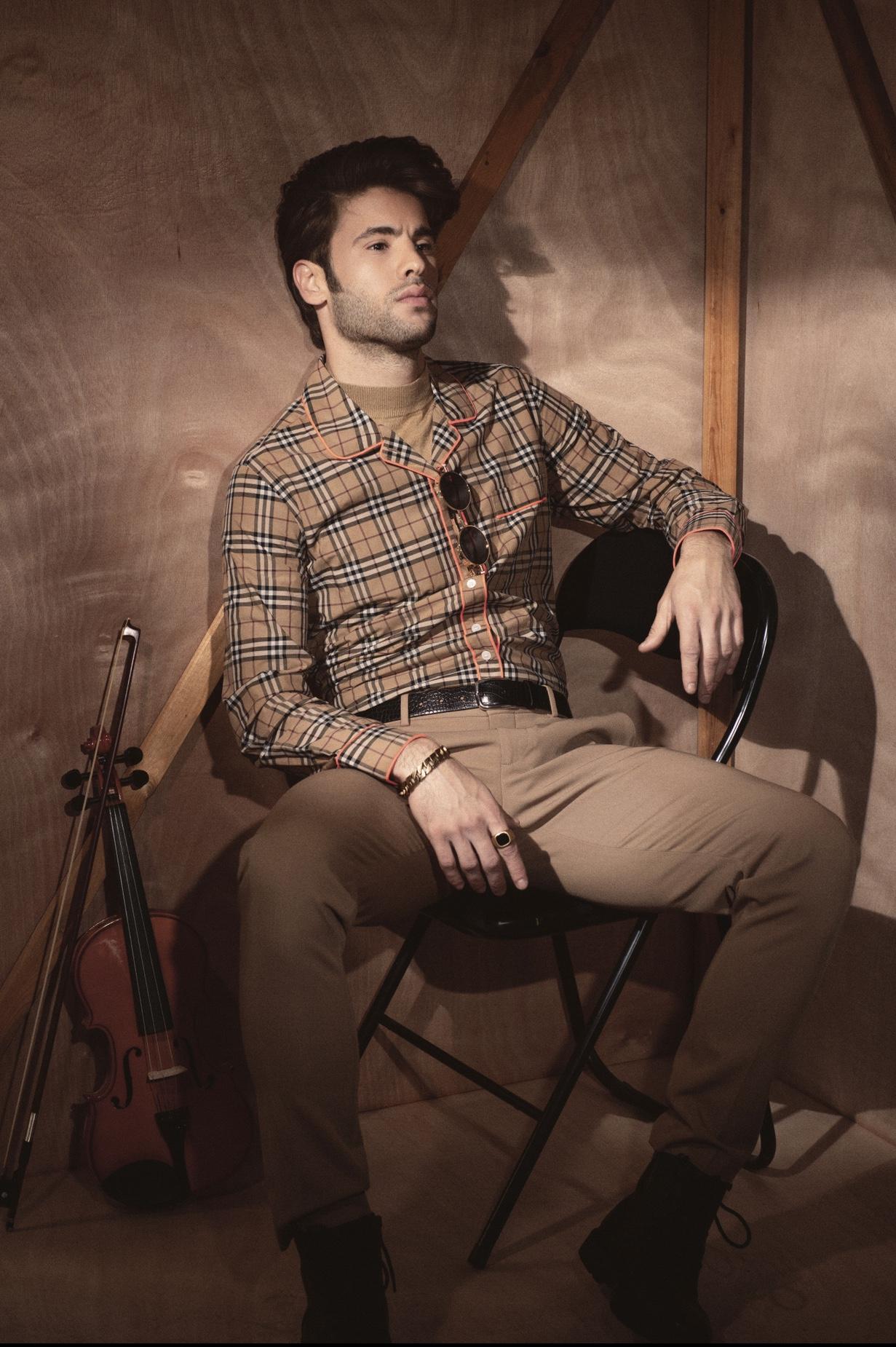 חולצה - BURBERRY, גולף - Mango, מכנסיים - Zara, מגפיים - Pull and bear, חגורה - Zara, אקססוריז - AIN KER