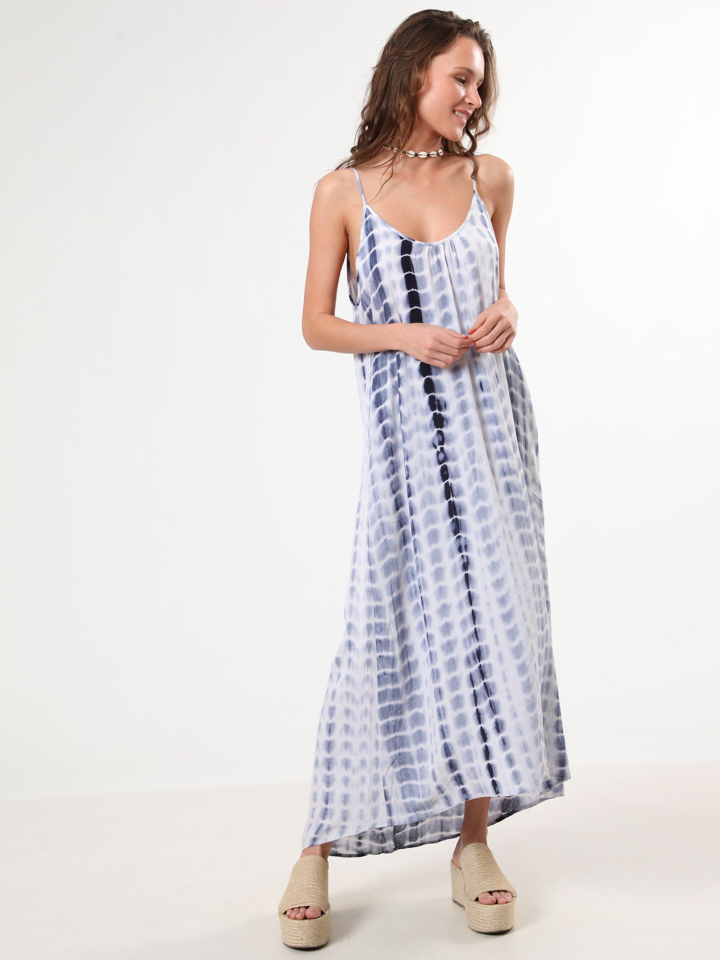 שמלת טאי דאי מקסי 150₪ TERMINAL X