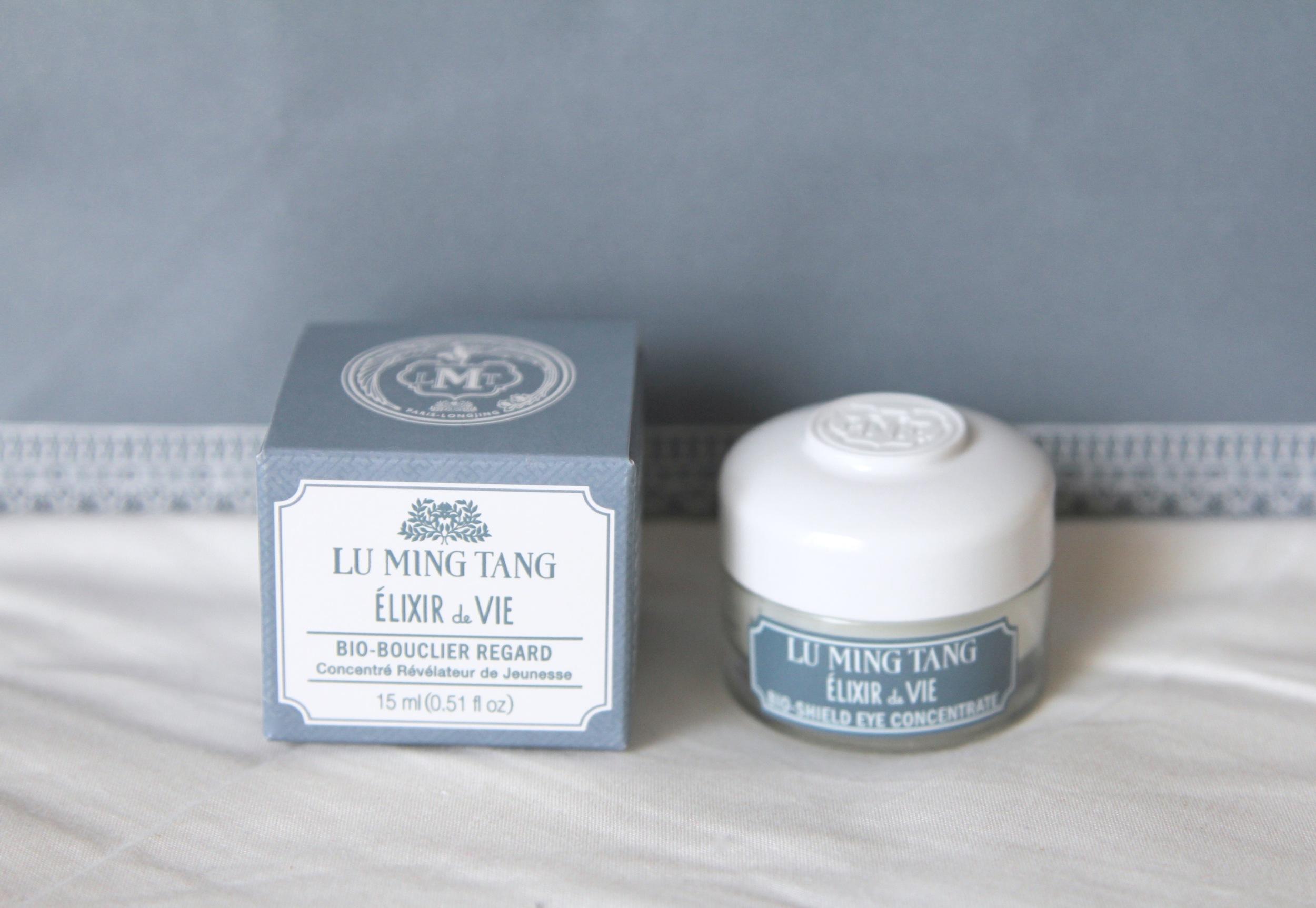 The beautiful packaging of the Lu Ming Tang Elixir de Vie Bio Shield Eye Concentrate