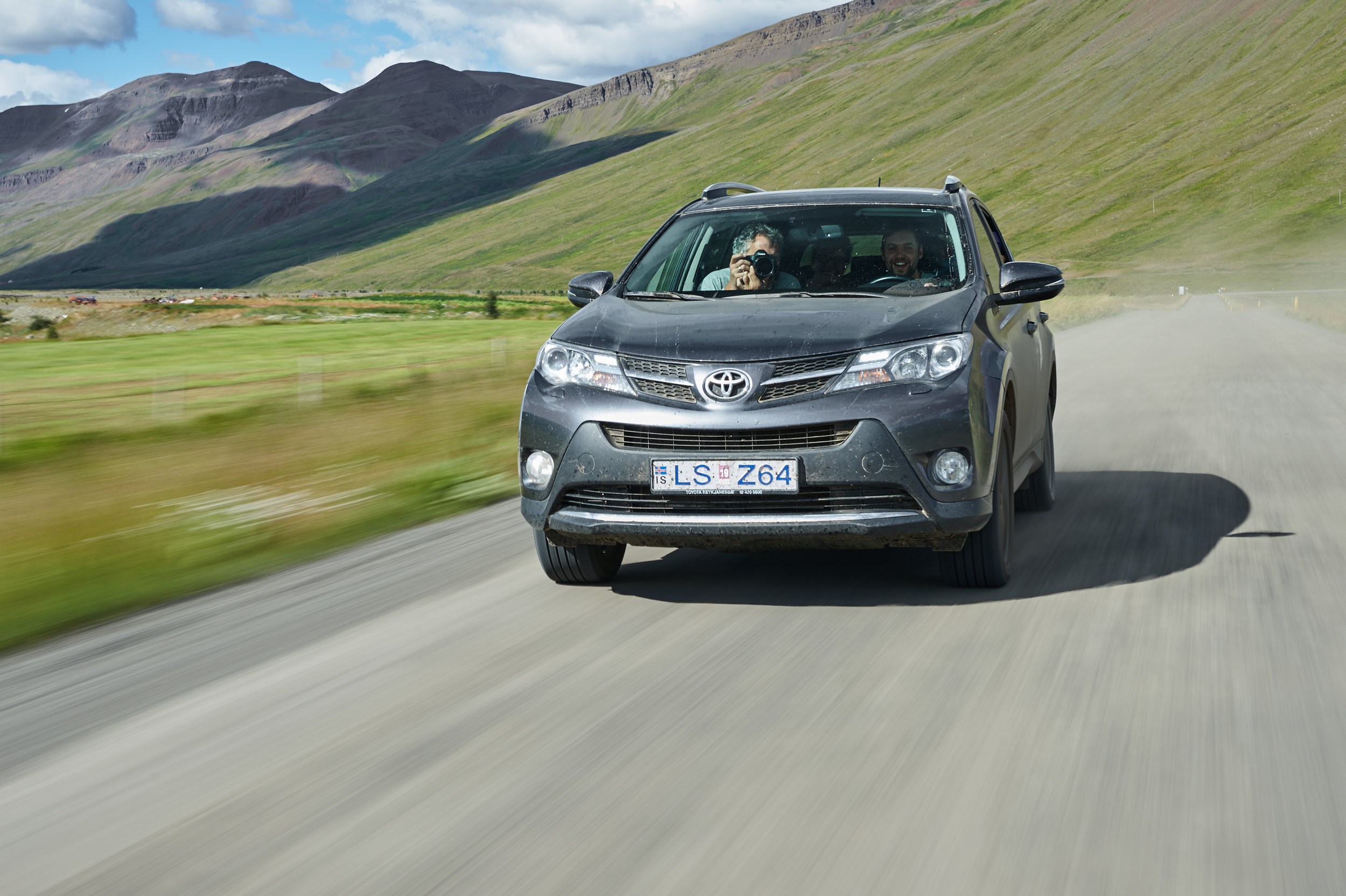 IJsland-Car2Car-shots-1.jpg