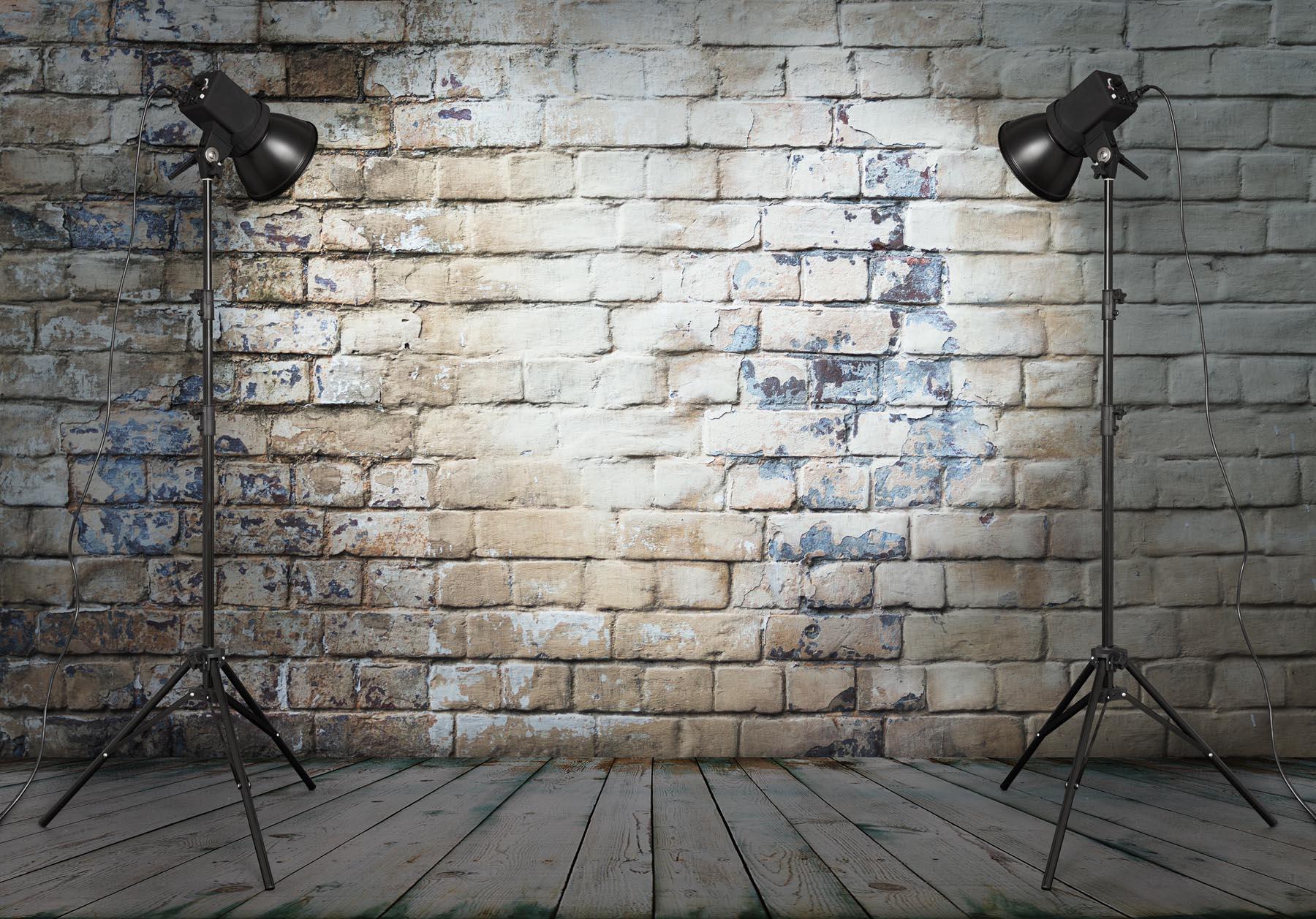 Studio Lights in Studio