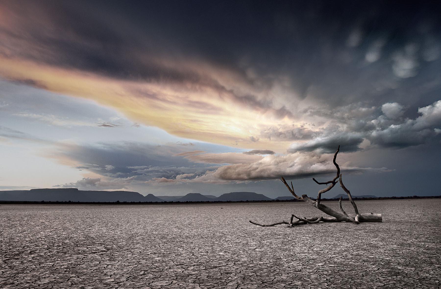 Nigel Harniman  sunset Cloudy Skies