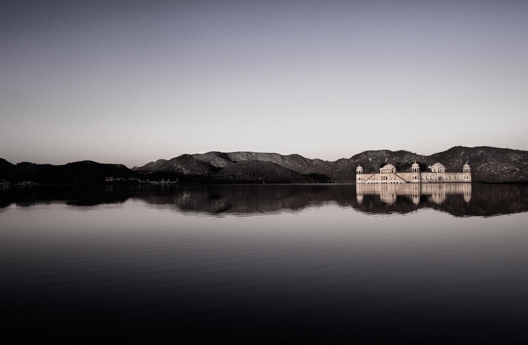 Nigel Harniman Lake View