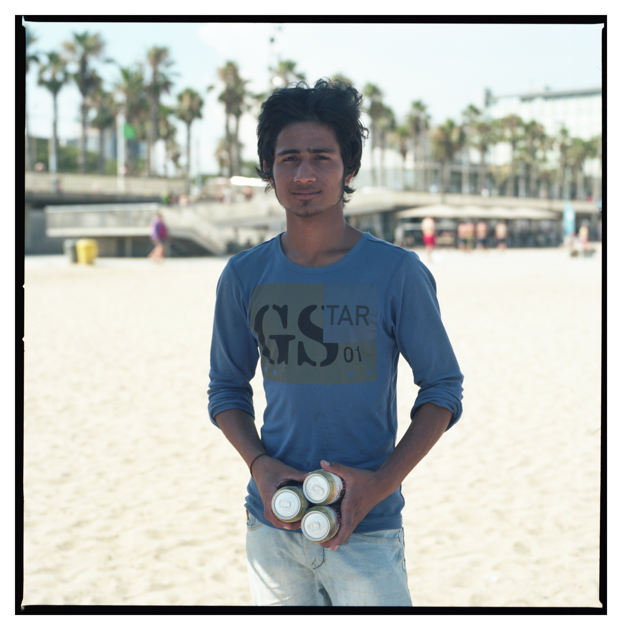 Grant Smith - Beach seller - blue t shirt