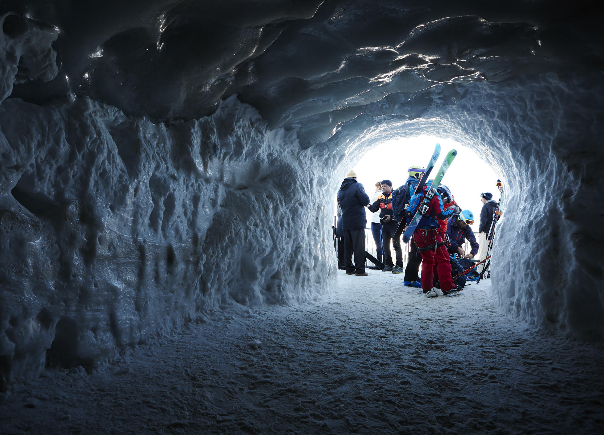 Grant Smith - ski snow tunnel