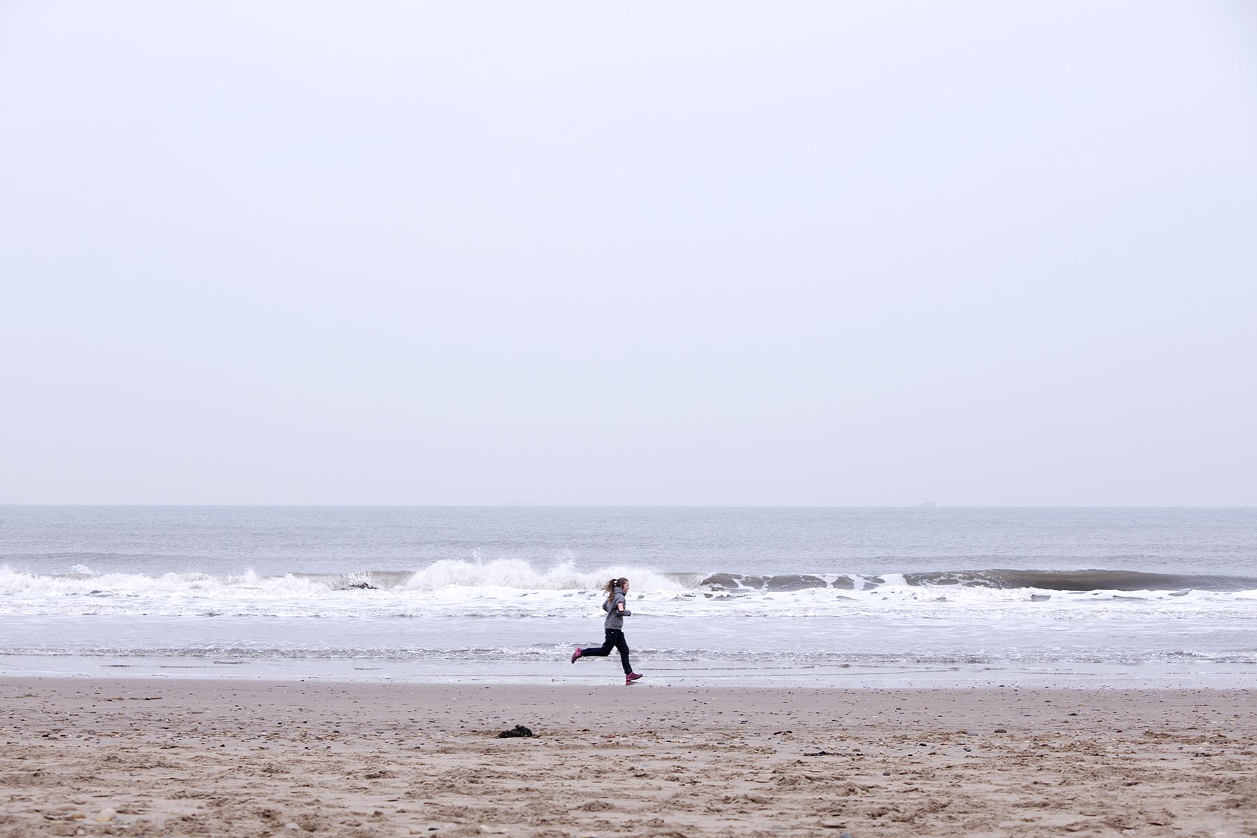 Dan Prince - Leigh Newton running on beach