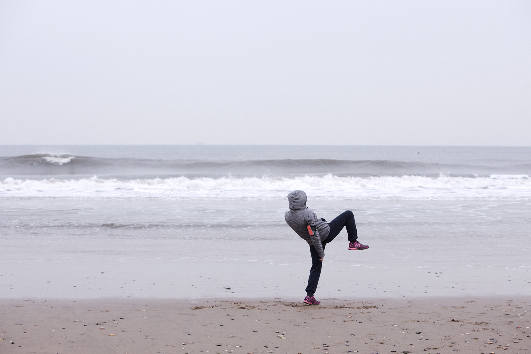 Dan Prince - Leigh Newton - training on beach
