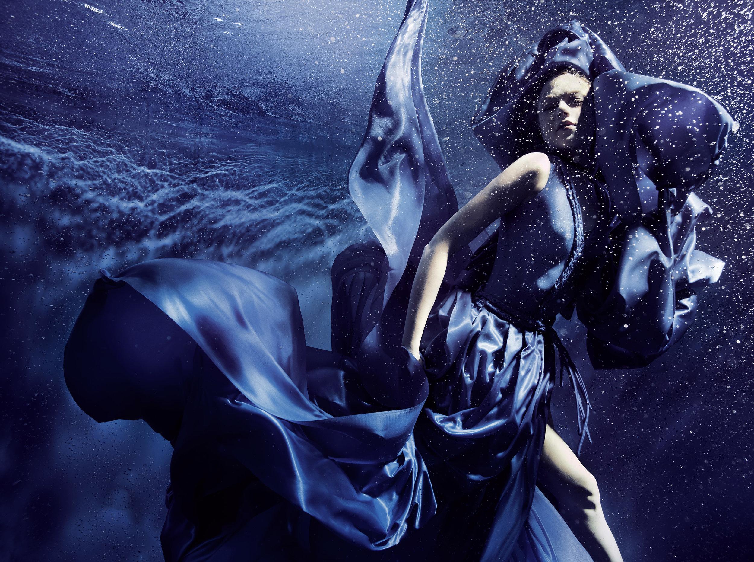 Susan Stemmer girl dancing underwater in blue