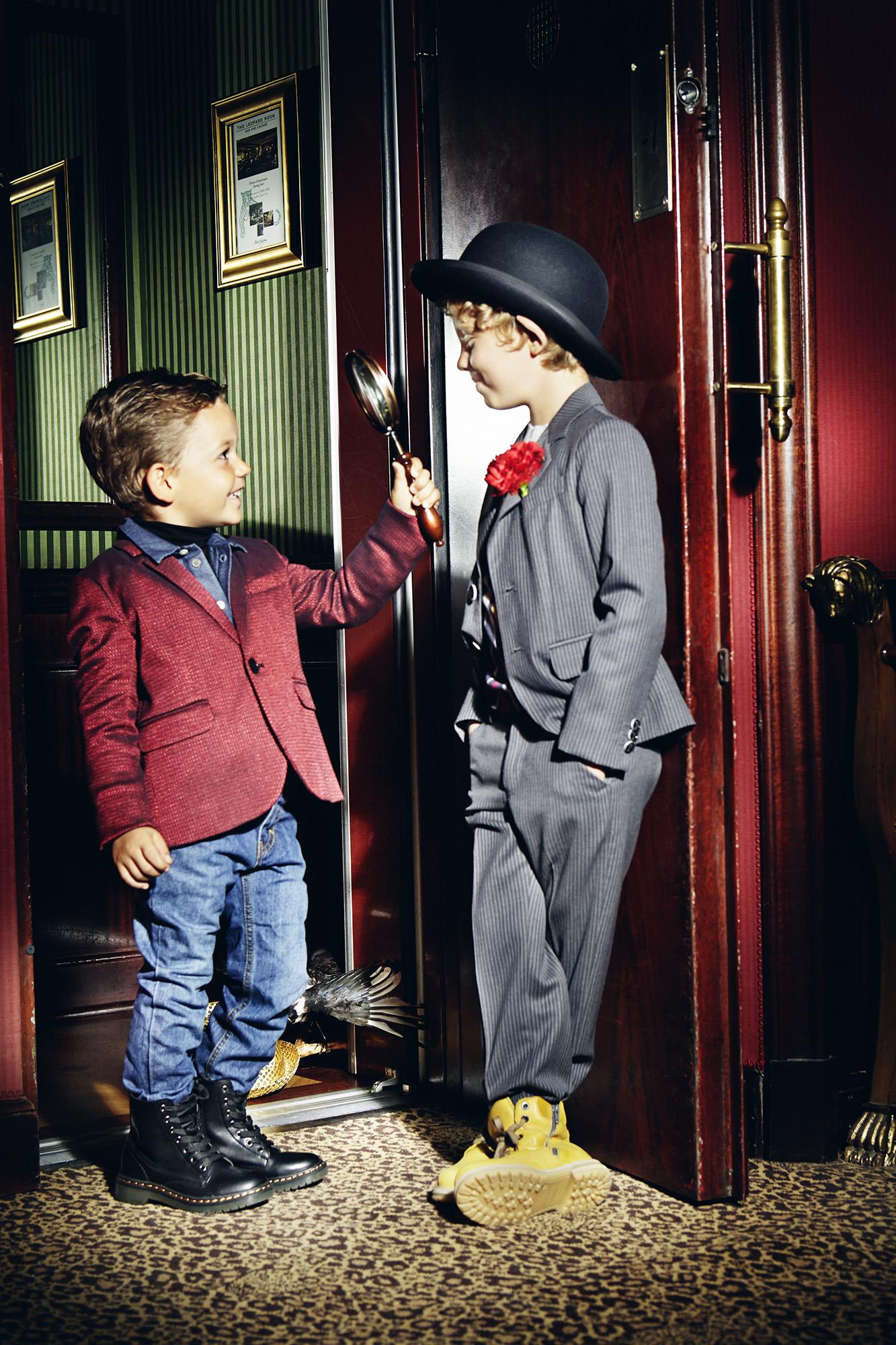Ilve Little two boys talking