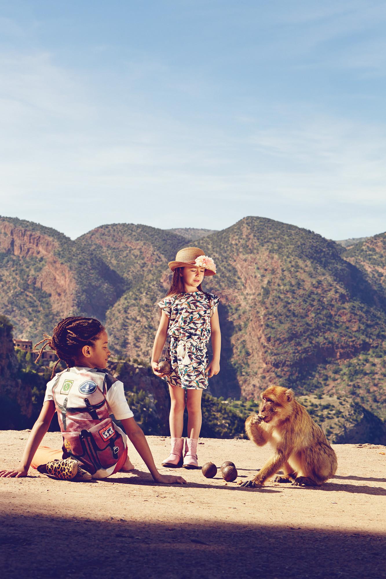 Ilve Little kids with monkey