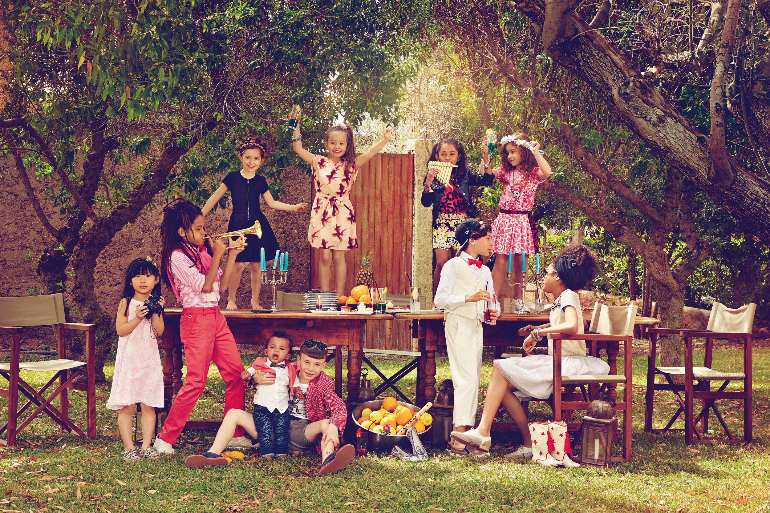 Ilve Little children picnic party