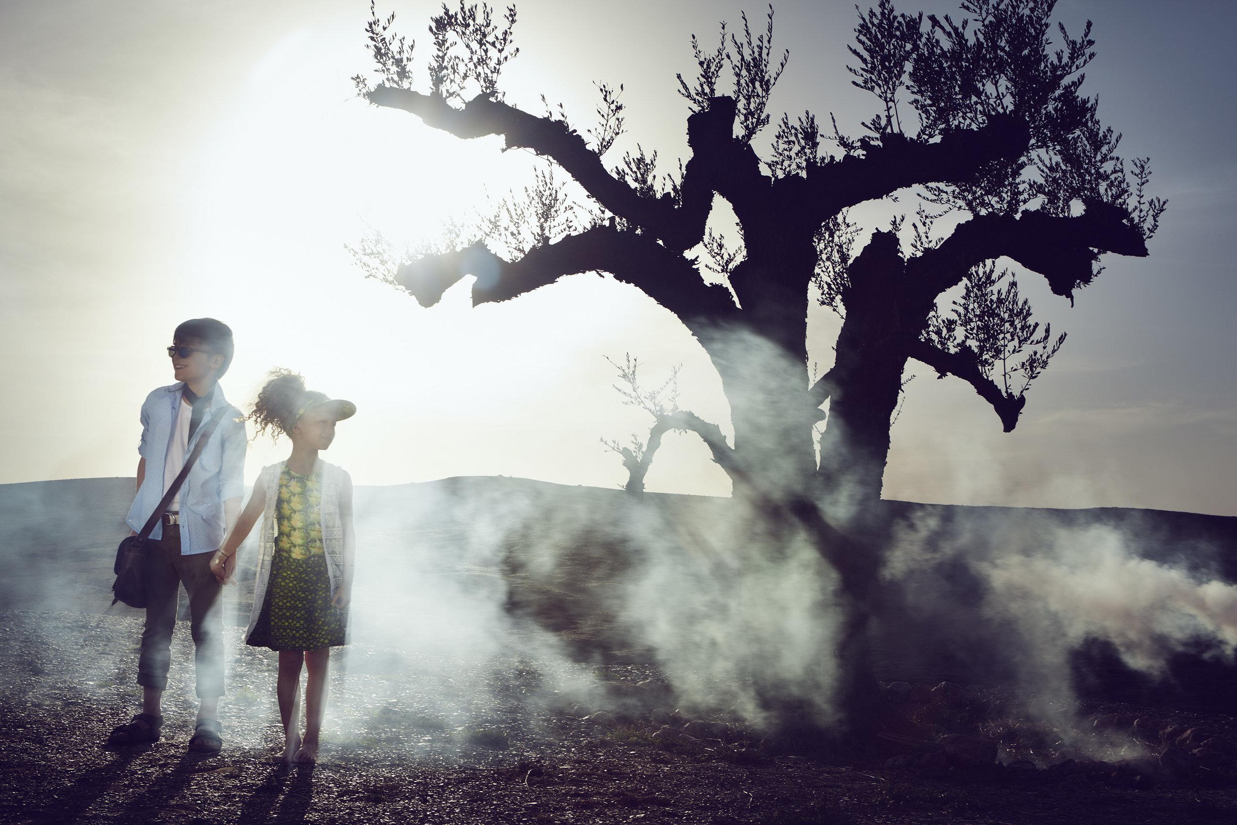 Ilve Little girl and boy in landscape