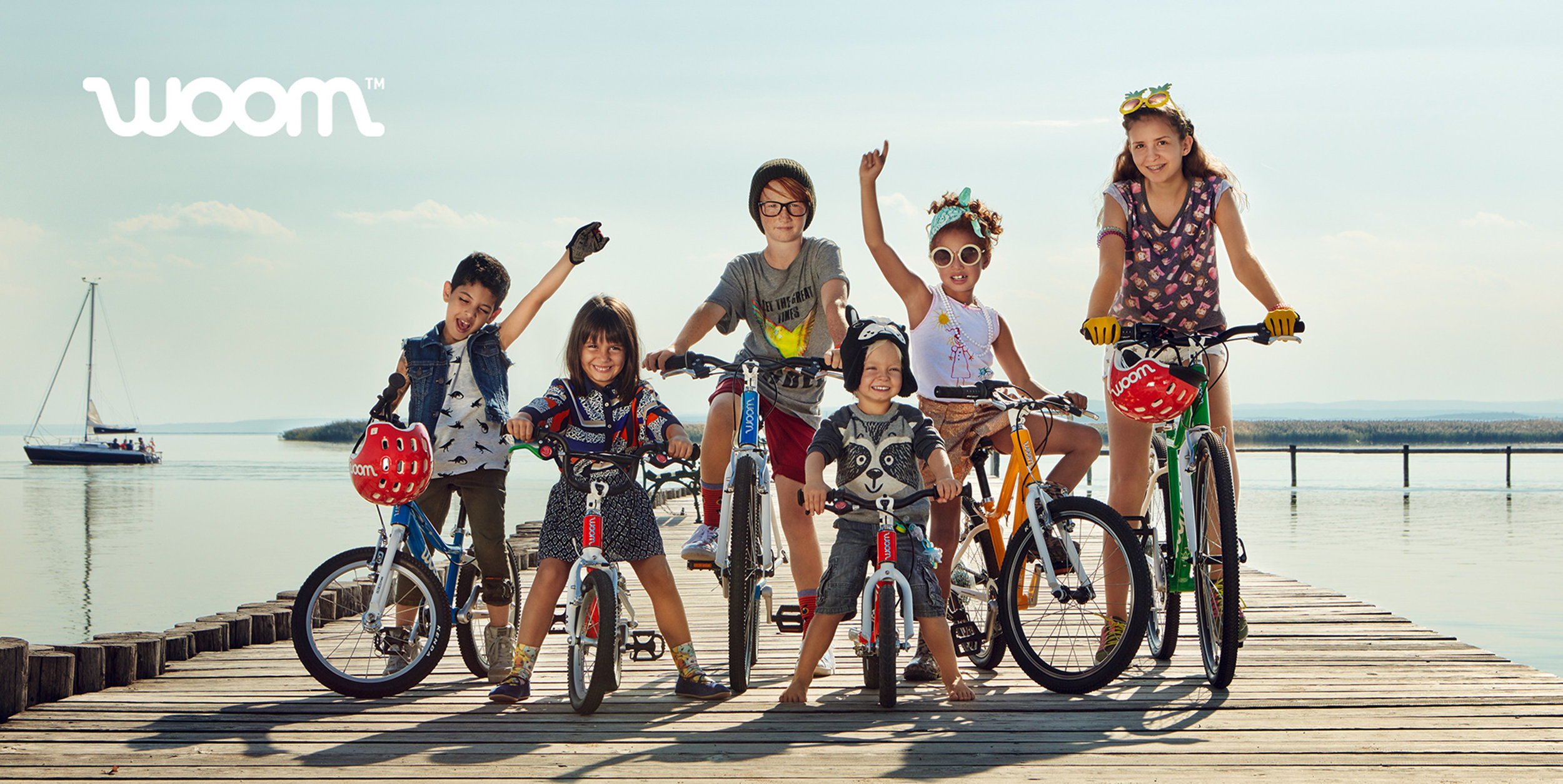Ilve Little kids with bikes