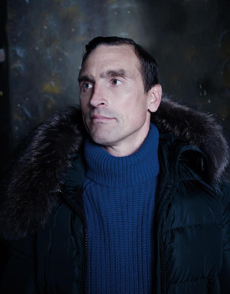 rant Smith - Man with fur collar coat