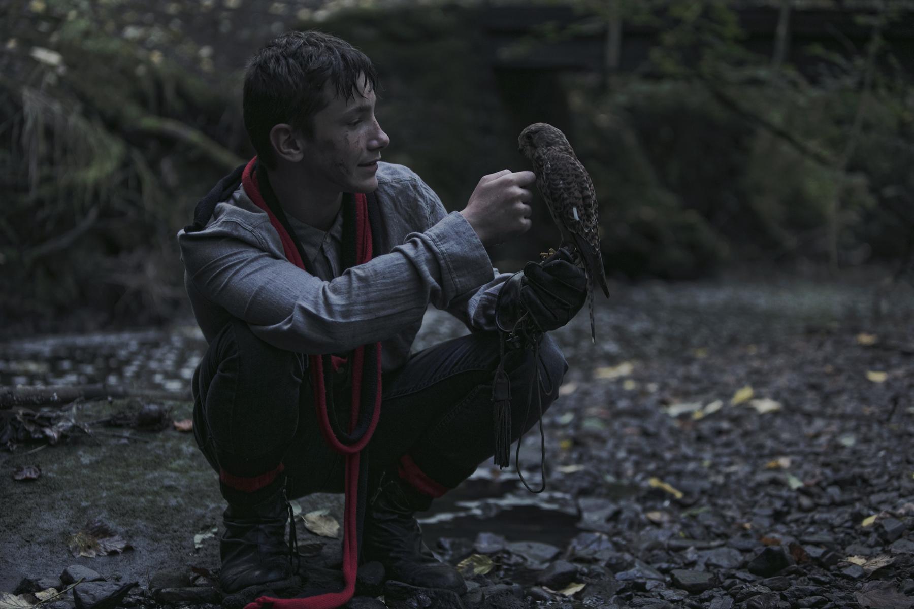 Dan Prince - Kes talking to his bird