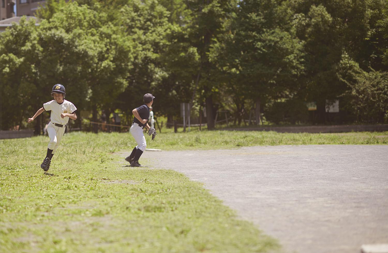 Dee Ramadan - boys playing baseball Tokyo
