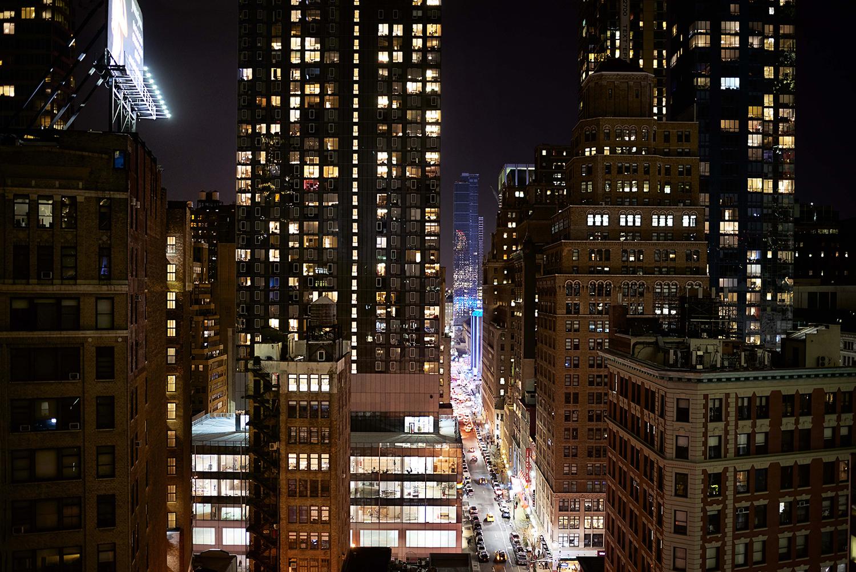 Dee Ramadan - Night city lights