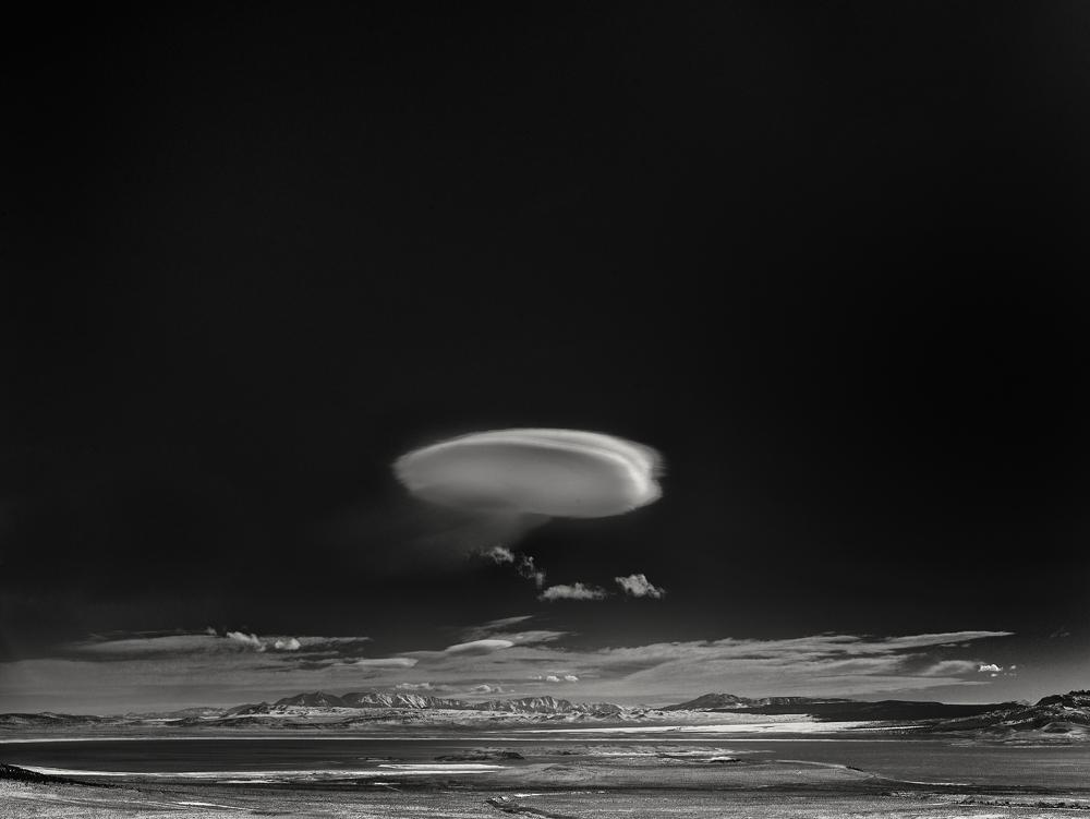 George kavanagh Alien ship cloud