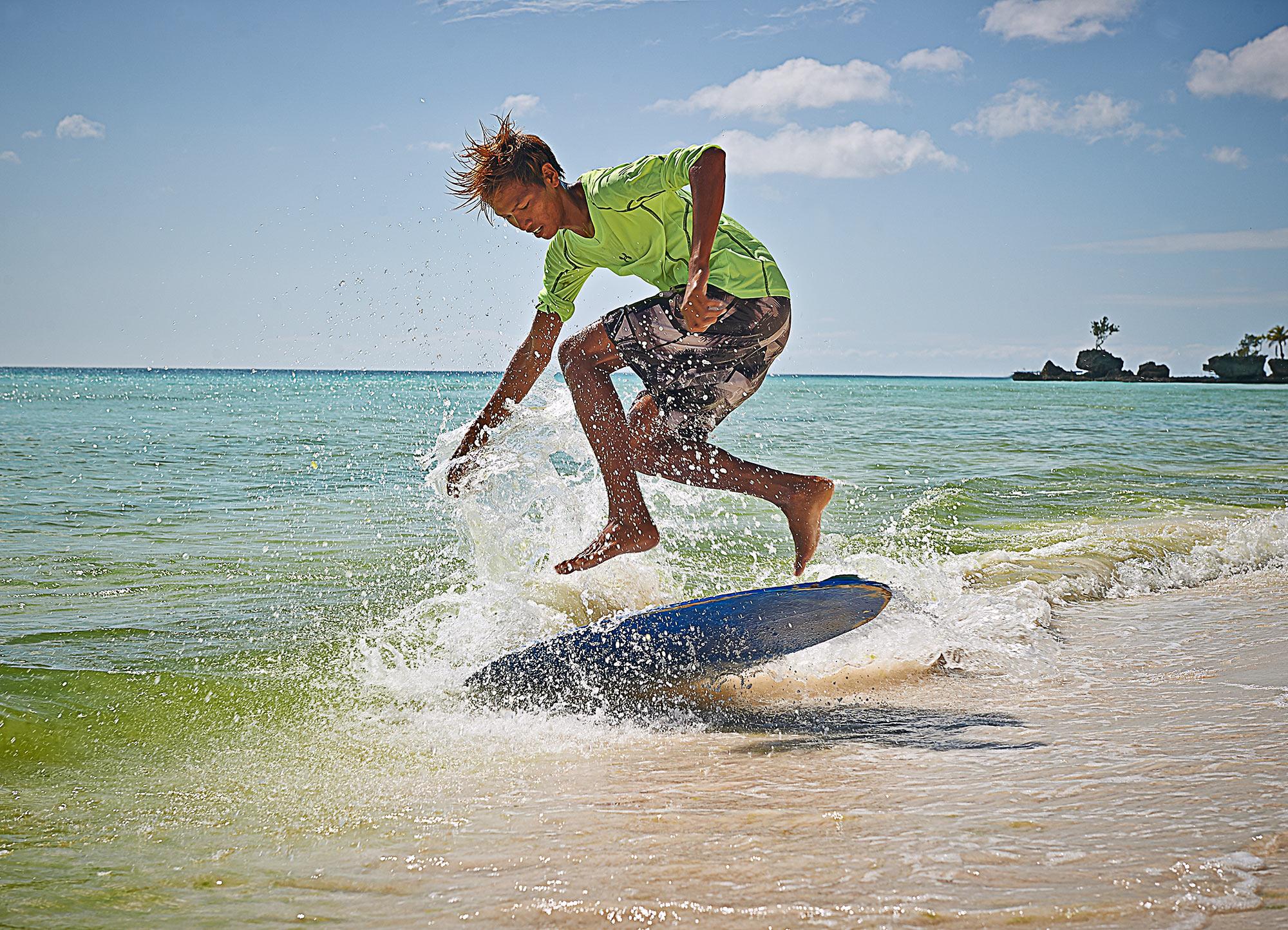 Dean Northcott - Surfing
