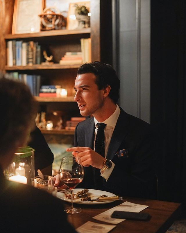 Me captured in my most frequented form: 👈🏻explaining to someone why they are wrong.⁣ ⁣ Thank you @GardenandGun & @HartSchaffner for an incredible evening in Charleston amongst a lovely group of people. ⁣ ⁣ #HartSchaffnerMarx⁣ ⁣ 📸 @cameronwilder⁣