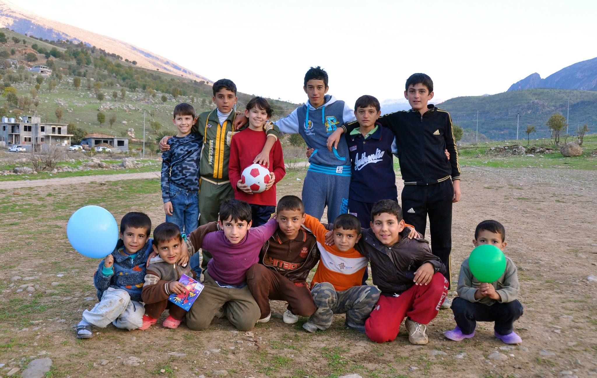Jonathan and Andrew with children from Yazidi families