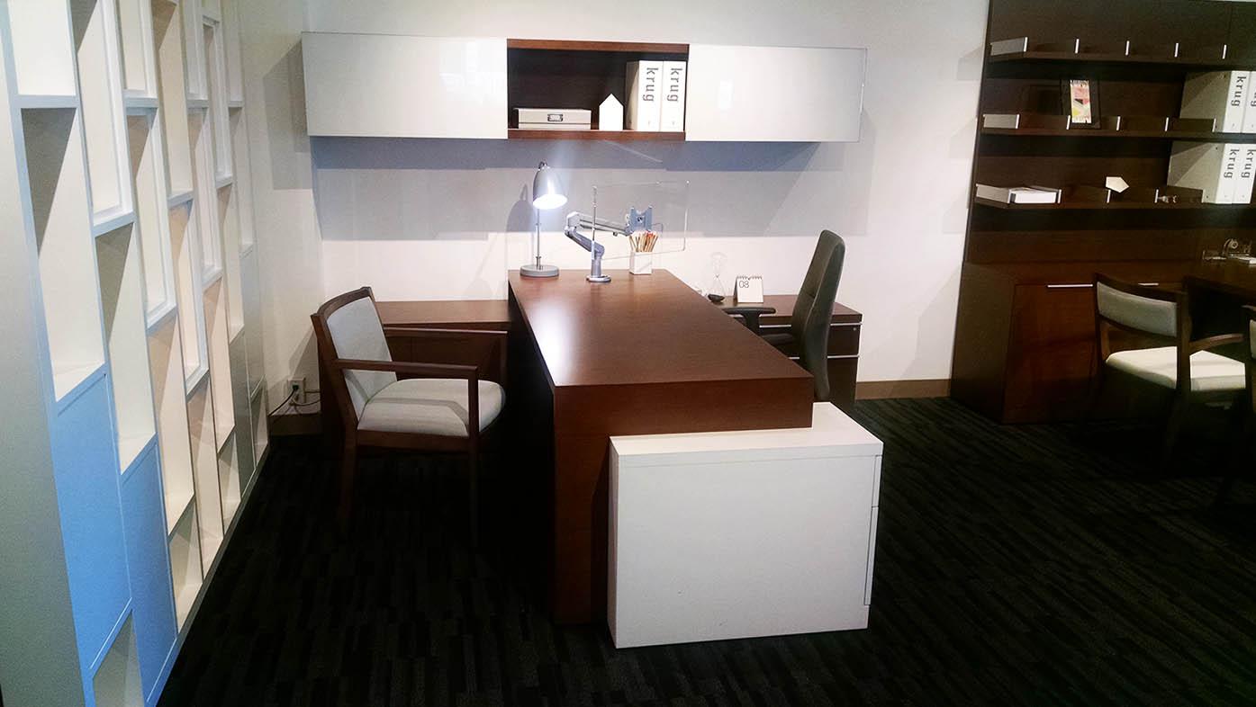 Krug_Unique Desk-resized.jpg