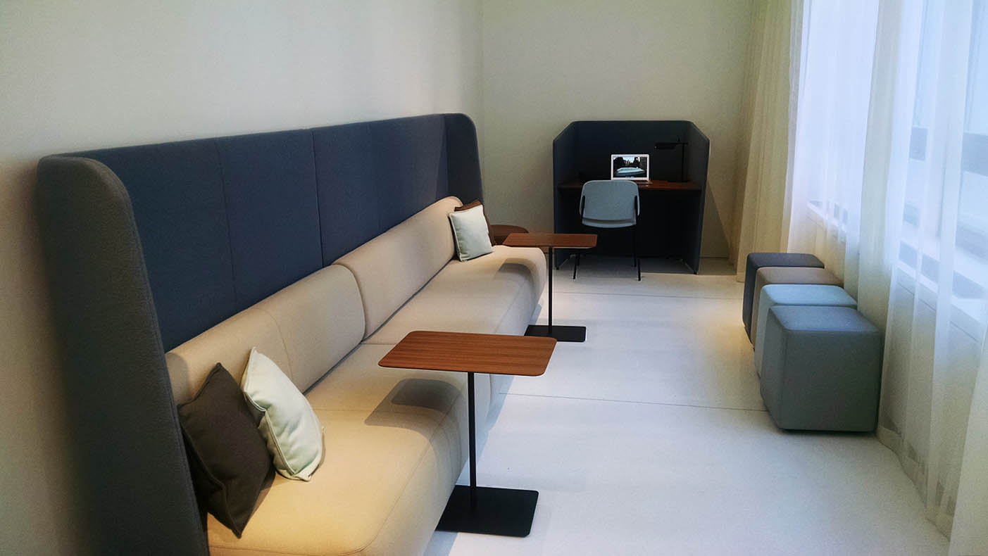Bernhardt_High Wall Lounge and Hoteling_resized.jpg