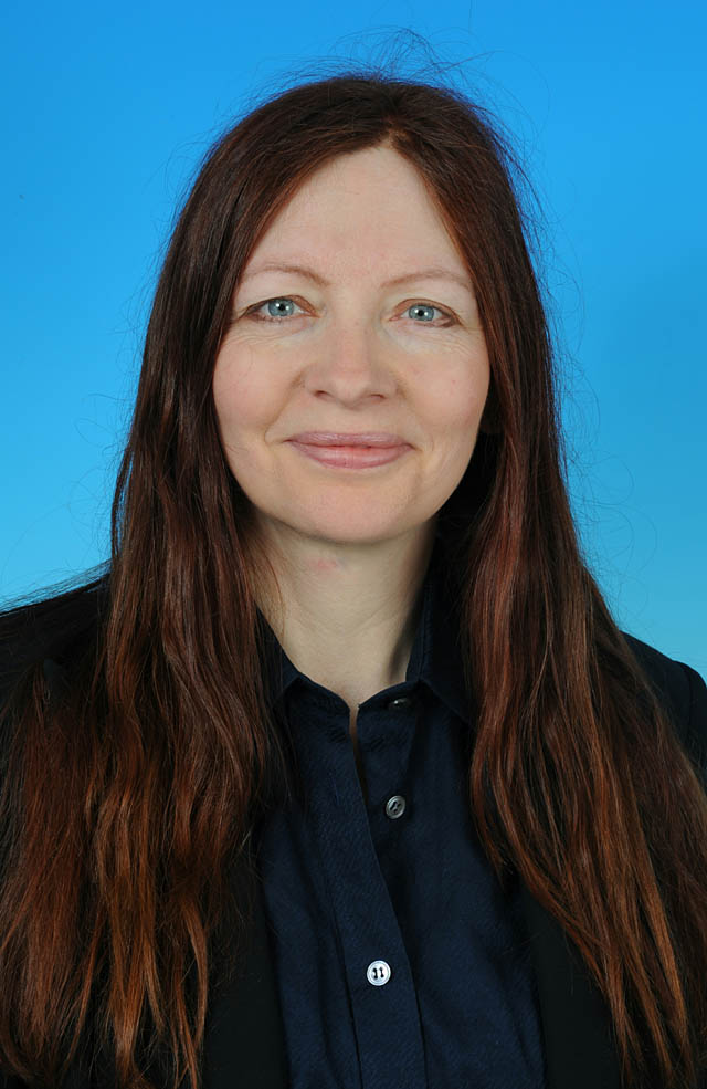 Councillor Cate Cody - photo courtesy of Posers Photographic