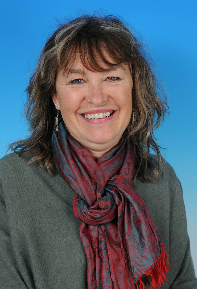 Councillor Louise Gerrard - photo courtesy of Posers Photographic