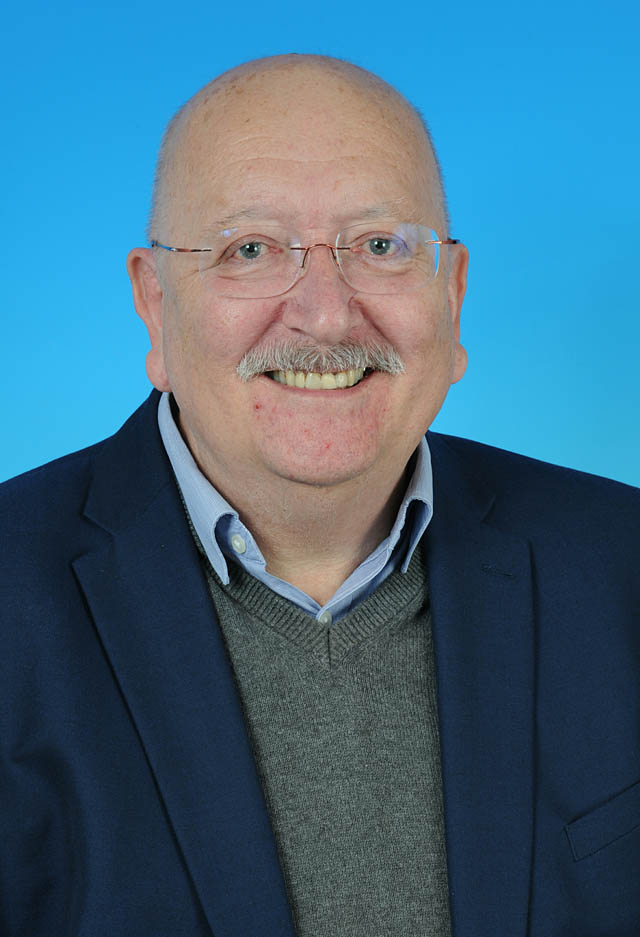 Councillor John Murphy - photo courtesy of Posers Photographic