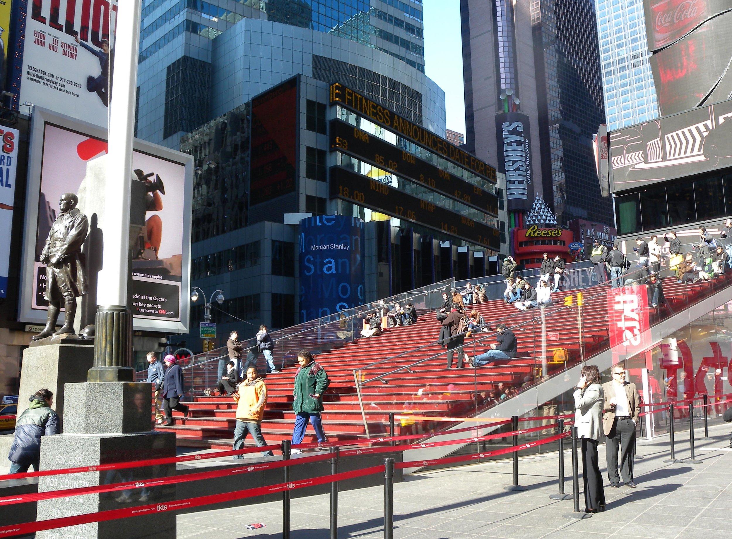 The famous TKTS bleacher steps. Image courtesy of   Jim.henderson/Wikimedia Commons
