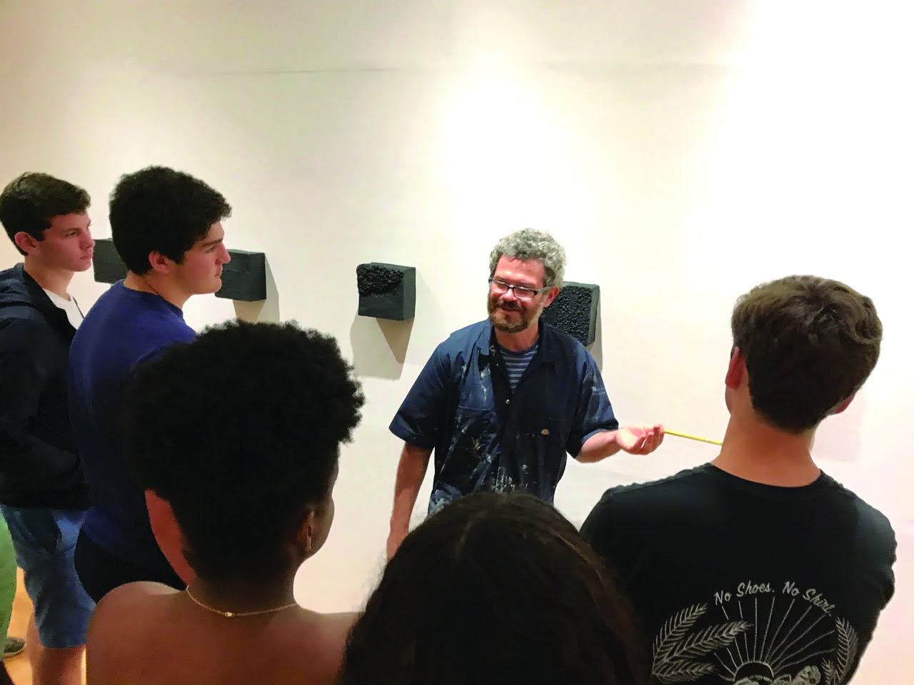 PHOTO COURTESY OF NICKY ENRIGHT    RIVERDALE STUDENTS VISIT HORACE MANN'S ON CAMPUS STUDENT-RUN GALLERY