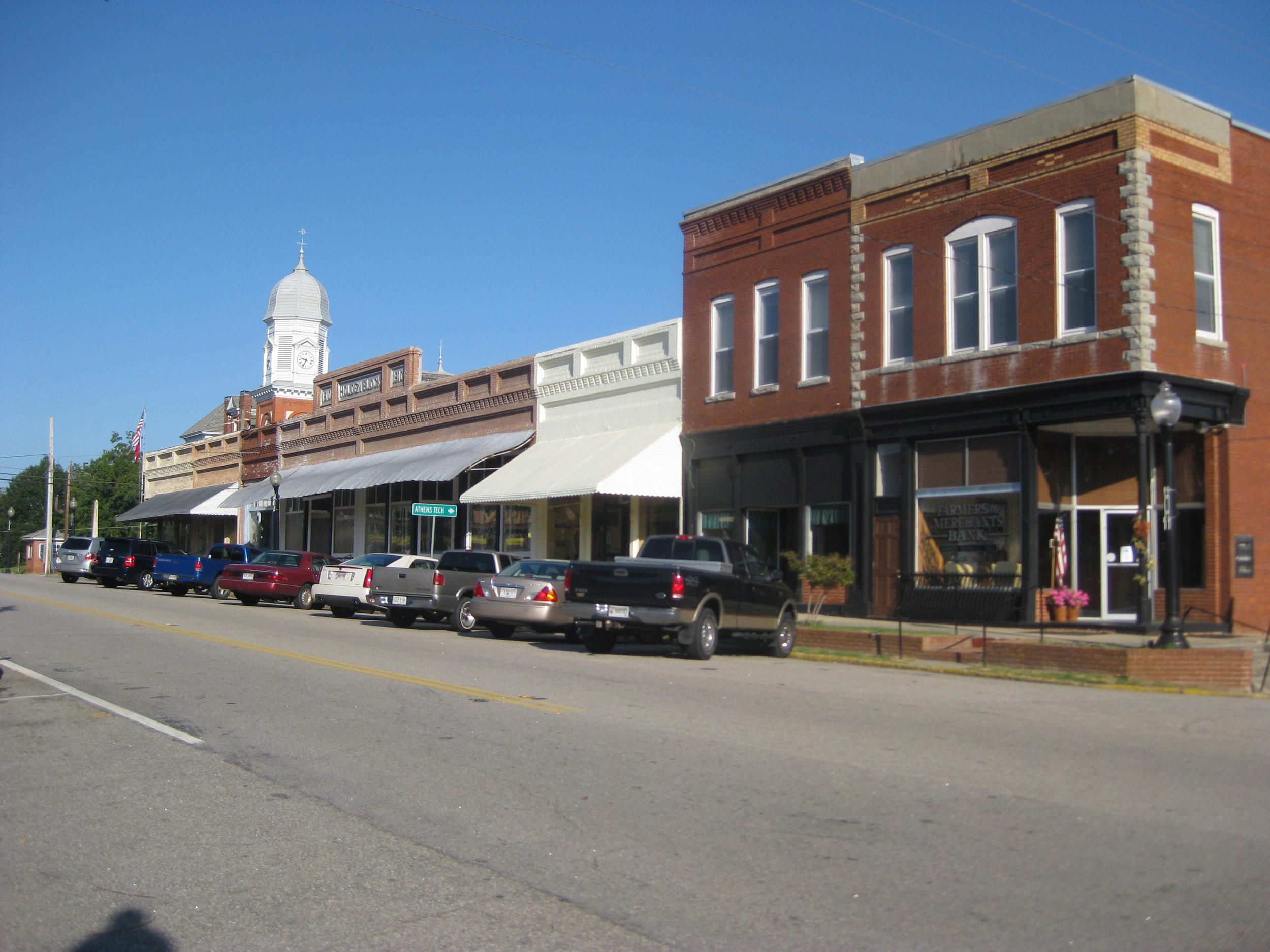 Crawfordville,_Georgia_downtown.jpg