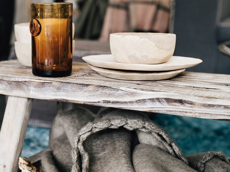 kaboompics_Glass,+wooden+bowls,+bench,+basket,+blanket.jpg