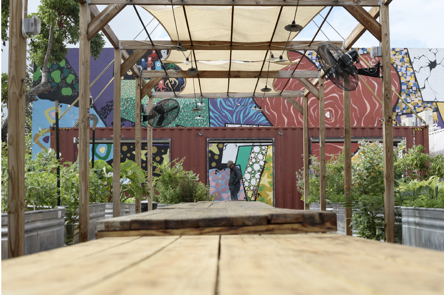 Framing for The Market provided by outdoor pergola at The Wynwood Yard.